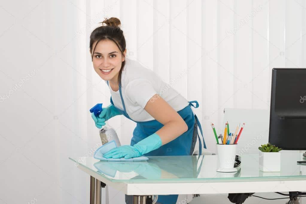 desk-sanitising